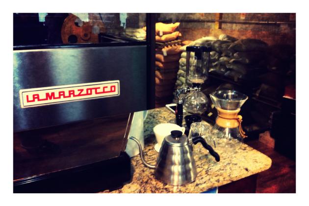 Many ways to enjoy coffee, espresso, pour over, Chemex, ...